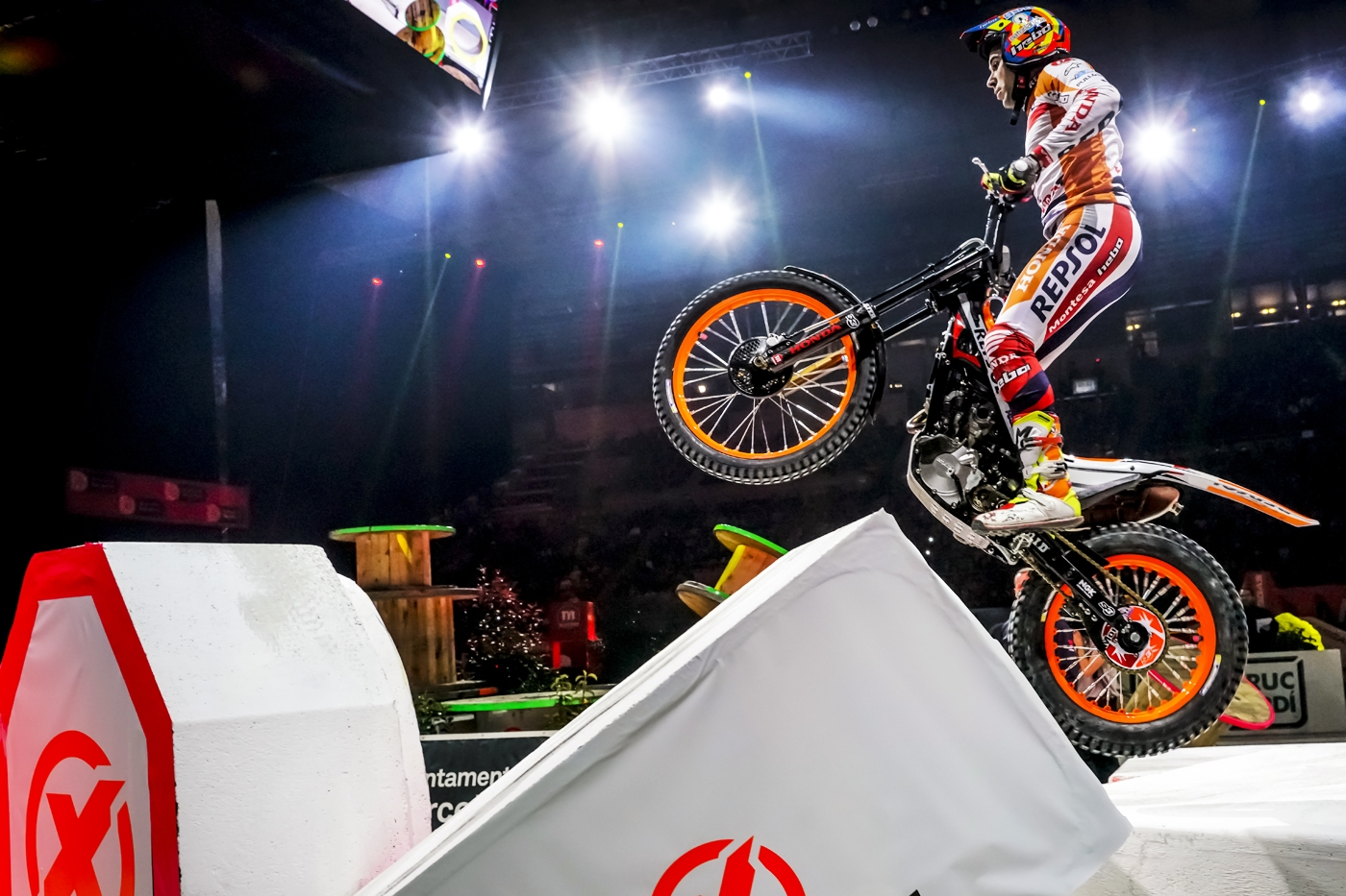 Toni Bou injured in France